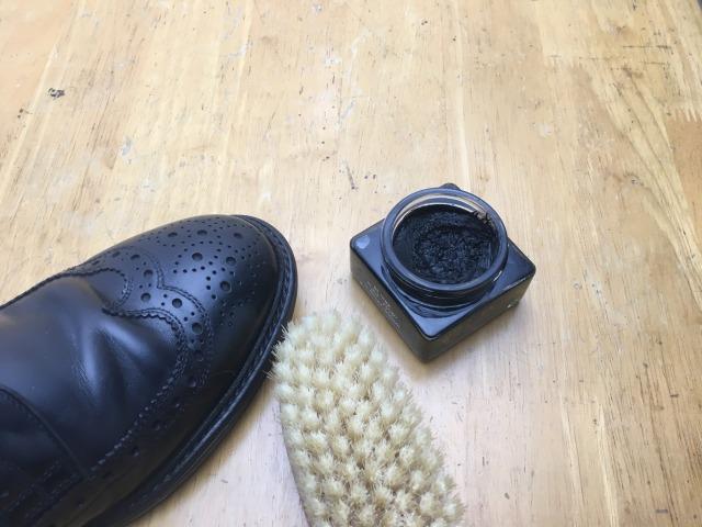 靴磨き 道具